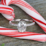 10 tips for taking the perfect engagement ring selfie